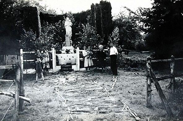1953, Asnières 27,